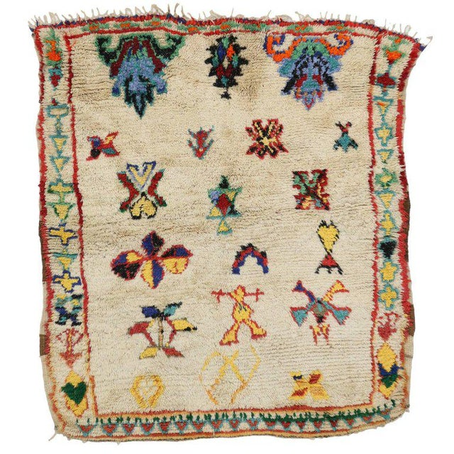 Textile Vintage Berber Moroccan Rug with Modern Tribal Design For Sale - Image 7 of 7