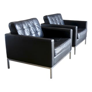 Florence Knoll Leather Lounge Chairs - a Pair For Sale
