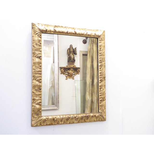 18th Century Italian Carved Giltwood Mirror For Sale - Image 4 of 4