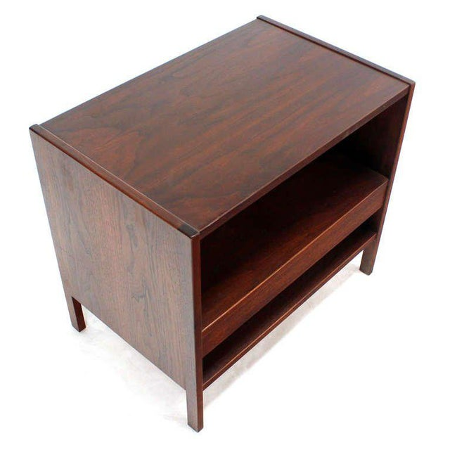 Early 20th Century Danish Mid-Century Modern Walnut End Table For Sale - Image 5 of 9