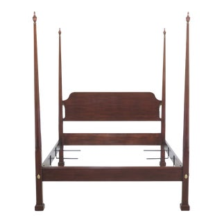 Traditional Henkel Harris Queen Size Pencil Point Cherry Poster Bedframe For Sale