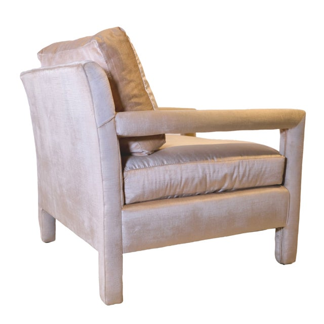 1970s Pair of Milo Baughman Style Parsons Chairs in Blush Velvet For Sale - Image 5 of 9