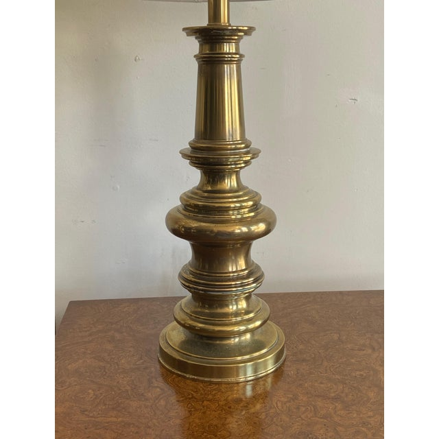 Pair of Stiffel Brass Lamps For Sale In Los Angeles - Image 6 of 8