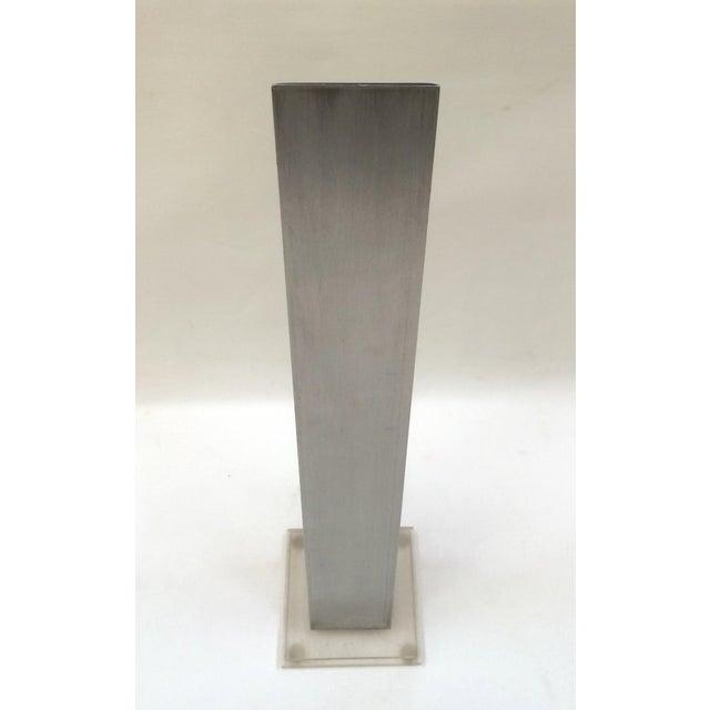 1974 Stainless & Enamel Column Sculpture - Image 6 of 8