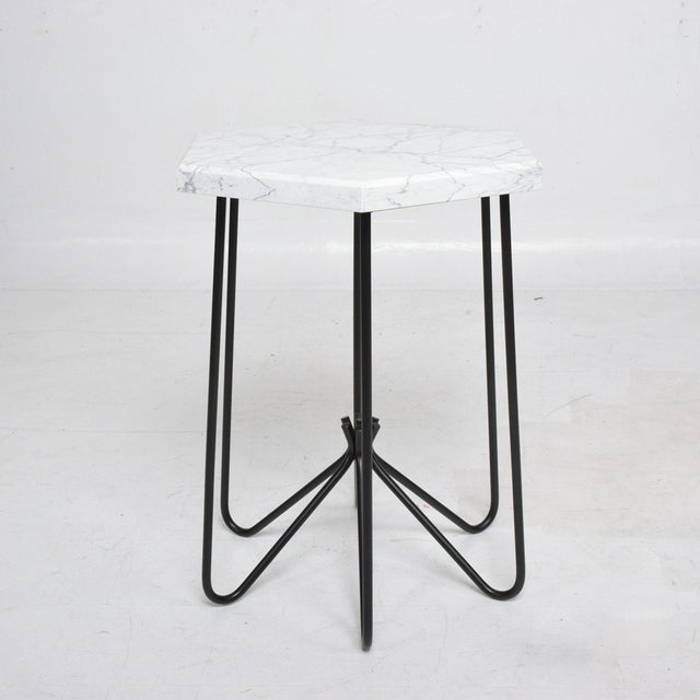 French Modern Sculptural Metal & Marble Hexagonal Side Table After Jean Royere For Sale In San Diego - Image 6 of 9
