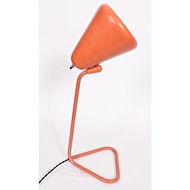Mid-Century Modern Kurt Versen Adjustable Coral Enameled Desk Lamp #4460, Circa 1955 For Sale - Image 3 of 9