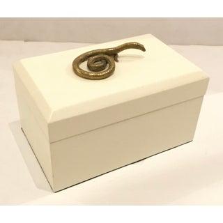 Global Views Modern Asp White Box Preview