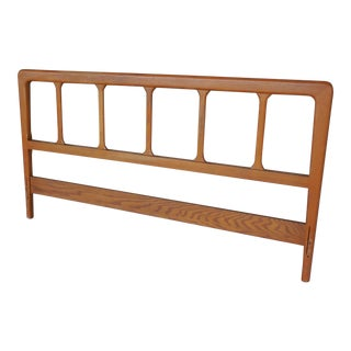 Jamestown Lounge Mid Century Modern Americana Casual Oak Queen Size Headboard For Sale
