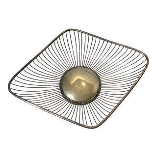 Mid-Mod Silver-Plated Marquis Shaped Wire Bread Basket For Sale