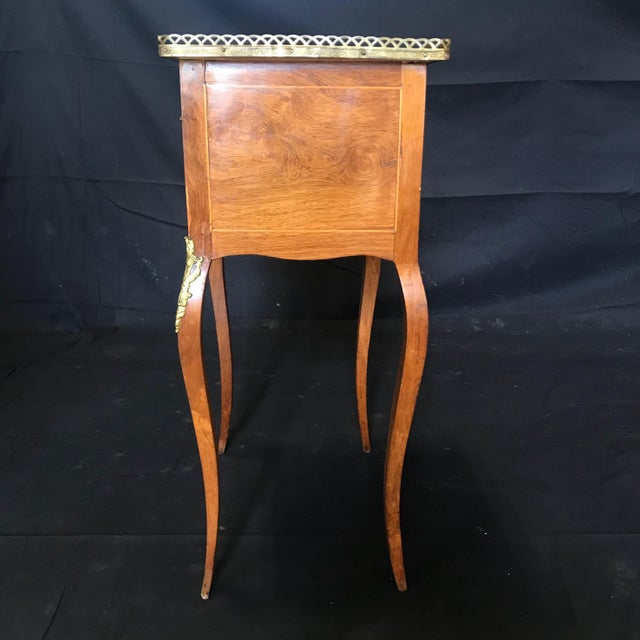 Brown Louis XV Style Inlaid Night Stand or Side Table With Gold Fretwork For Sale - Image 8 of 12