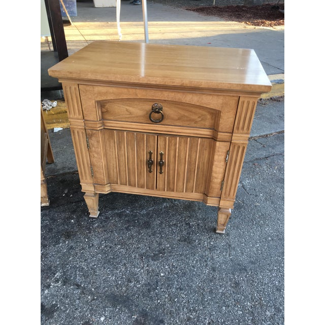 Thomasville Mid-Century Nightstands - A Pair - Image 3 of 3