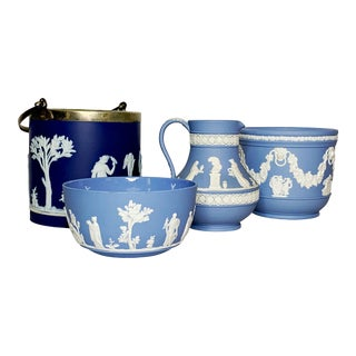 Early 20th Century Wedgwood Cobalt and Blue Jasperware - 4 Pieces For Sale