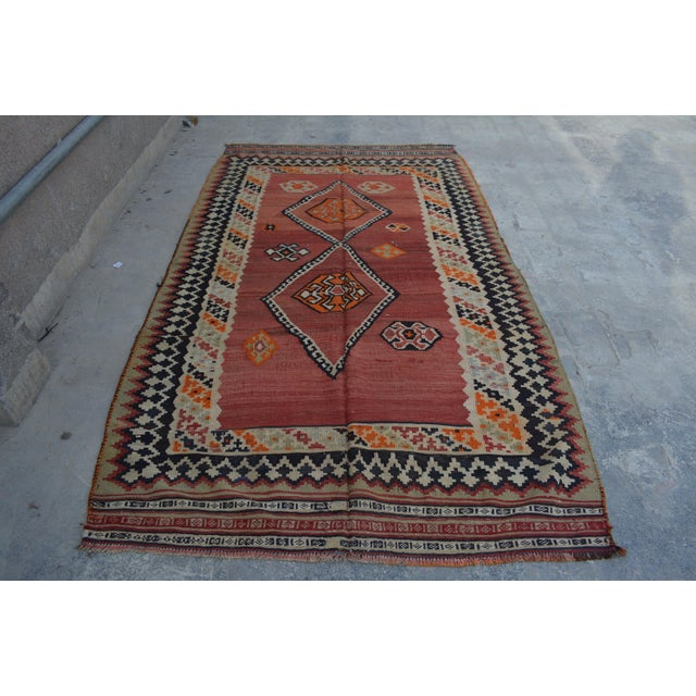 Semi Antique Persian Handwoven Kilim Wool Rug - 4′8″ × 8′5″ For Sale In Orlando - Image 6 of 6