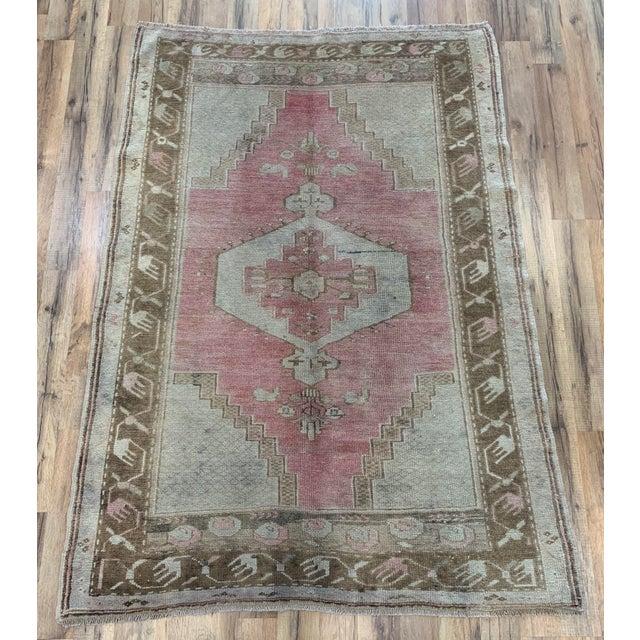 Textile 1960s Vintage Turkish Oushak rug- 4′ × 5′7″ For Sale - Image 7 of 7