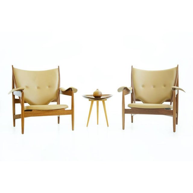 Pair of Finn Juhl Chieftain Lounge Chairs For Sale - Image 9 of 10