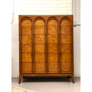 Mid Century Modern Thomasville Chest of Drawers Preview