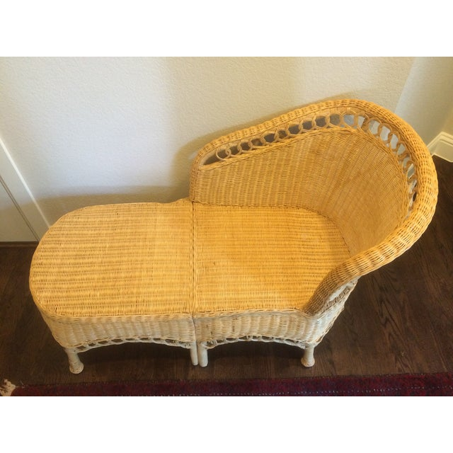 Vintage Wicker Chaise Lounge - Image 5 of 9
