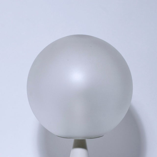"Minimalism Gio Ponti ""Bilia"" Table Lamp For Sale - Image 3 of 5"