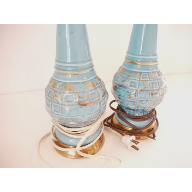 Mid-Century Blue & Gold Faceted Ceramic Lamps - Image 5 of 5