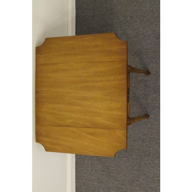Mahogany 20th Century Traditional Columbia Manufacturing Mahogany Pembroke End Table For Sale - Image 7 of 13
