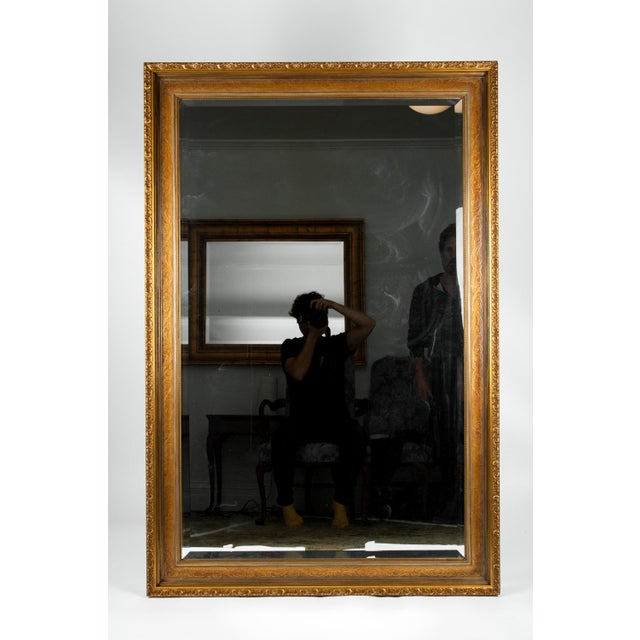 Early 20th Century Vintage Gilded Wood Framed Hanging Wall Mirror For Sale - Image 5 of 10