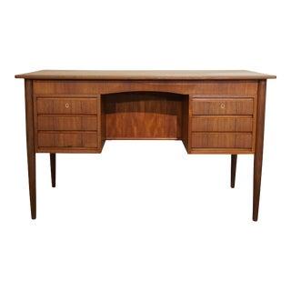 Original Danish Mid Century Teak Desk - Lindknud For Sale
