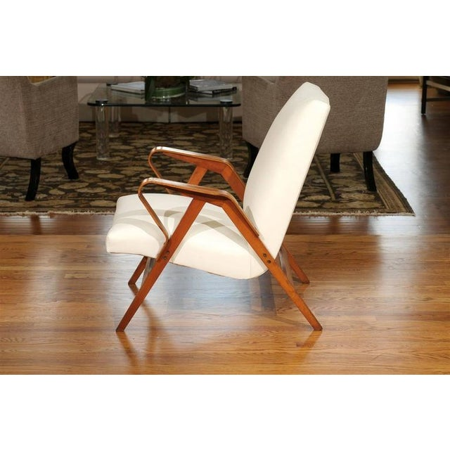 White Gorgeous Pair of Restored Vintage Loungers in Maple and Mahogany For Sale - Image 8 of 9