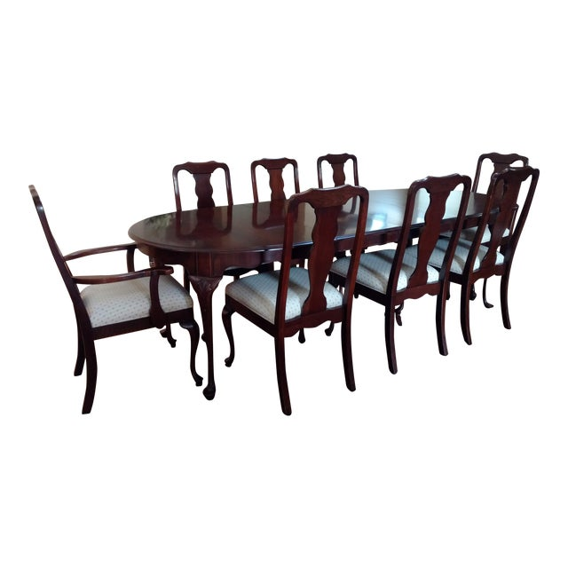 Harden Solid Cherry Oval Table & Chairs Dining Set For Sale