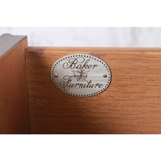 Baker Furniture Georgian Mahogany Four-Drawer Bachelor Chest or Commode For Sale - Image 12 of 13