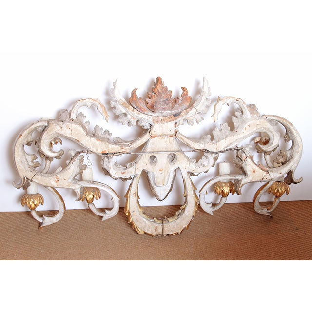 Oversized Italian Baroque-Style 7-Arm Gilt and Silvered Wood Wall Sconce For Sale - Image 10 of 13