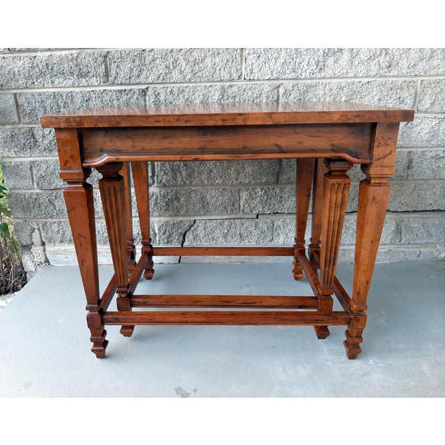 Sienna Vintage Heritage Furniture Cherry Nesting Tables With Curly Burl Wood Banding, 2 Pieces For Sale - Image 8 of 13