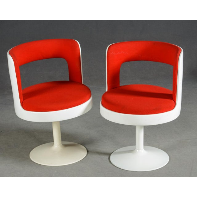 Mid-Century Modern 1970s Mid-Century Modern Red & White Easy Chairs - A Pair For Sale - Image 3 of 8
