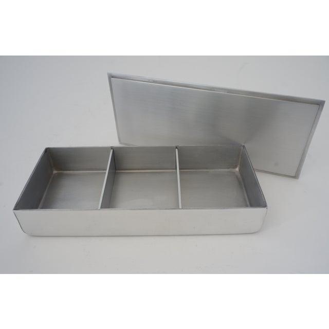 Vintage American Art Deco 1930s Kensington Box Aluminum For Sale In West Palm - Image 6 of 11