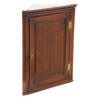 Late 18th Century English Georgian Corner Cabinet For Sale