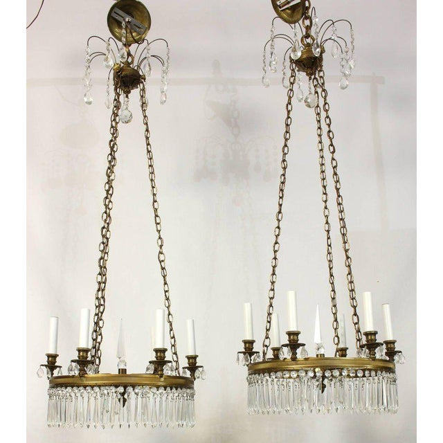 Hollywood Regency Pair of Regency Style Chandeliers For Sale - Image 3 of 6
