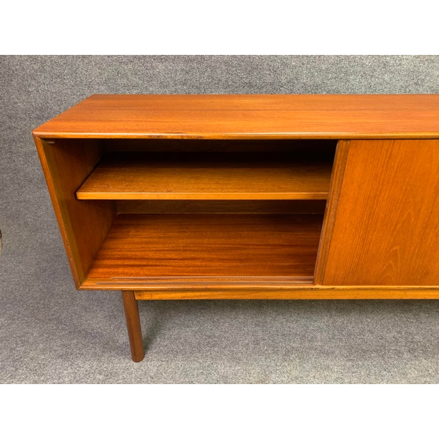 "Brown 1960s British Mid Century Modern McIntosh Teak ""Sunburst"" Credenza For Sale - Image 8 of 11"