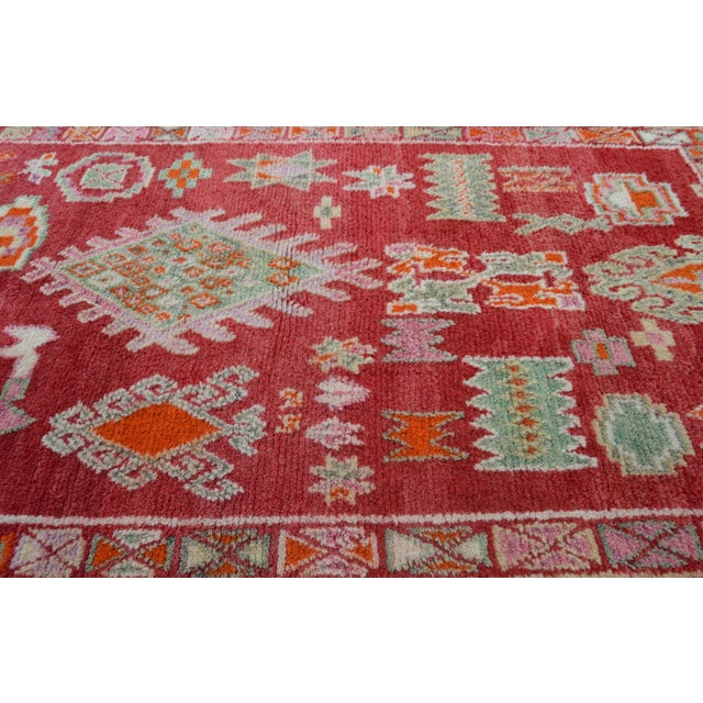 Vintage Moroccan Rug - 8'4'' X 4'10'' For Sale - Image 4 of 7