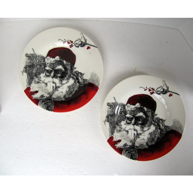 English Christmas Plates- 2 Pieces For Sale - Image 4 of 4