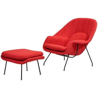 Eero Saarinen Womb Chair With Ottoman by Knoll in Knoll Dynamic Fabric For Sale