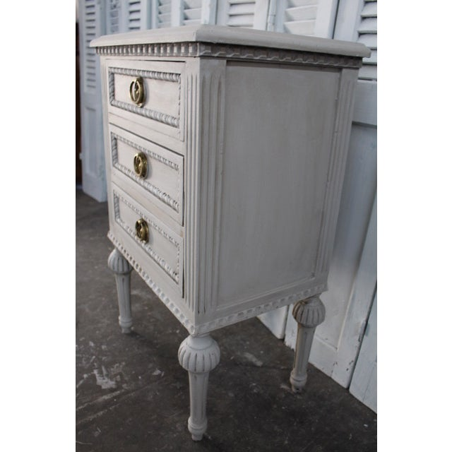 Gold 20th Century Swedish Gustavian Style Nightstands - A Pair For Sale - Image 8 of 13