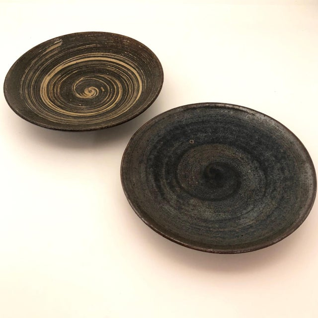 Mid 20th Century Handthrown Mid-Century Studio Pottery Plates - A Pair For Sale - Image 5 of 11