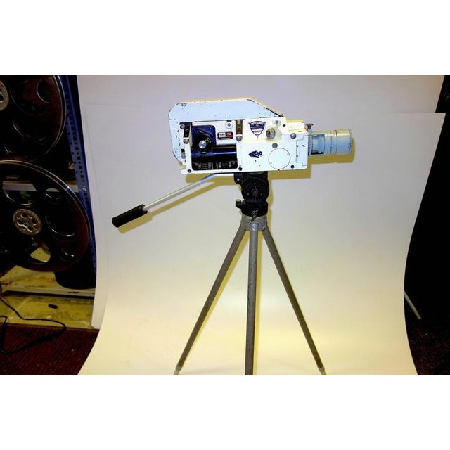 1950s Military Analysis Cinema Camera. Circa Mid 20th Century. Display As Sculpture. On Vintage Tripod. For Sale - Image 5 of 7