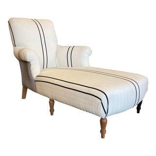 Bunakara Fingerprint Chaise Lounge in Pure Black - Floor Model For Sale