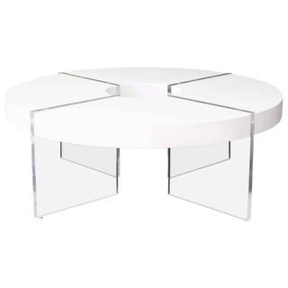 Vintage Mid-Century White Lacquered Lucite Coffee Table For Sale