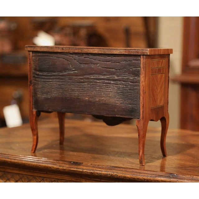 Mid-20th Century French Louis XV Walnut Veneer Marquetry Inlay Miniature Commode For Sale - Image 9 of 10