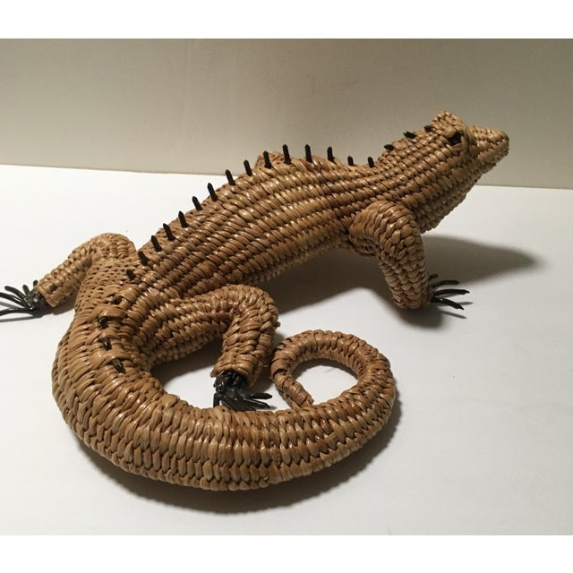 Up for sale is the gorgeous iguana from the renowned Mexican folk artist Mario Lopez Torres. Lopez works out of a studio...