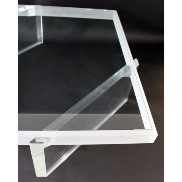 Mid-Century Modern Large Lucite Glass Coffee Table For Sale In Detroit - Image 6 of 9