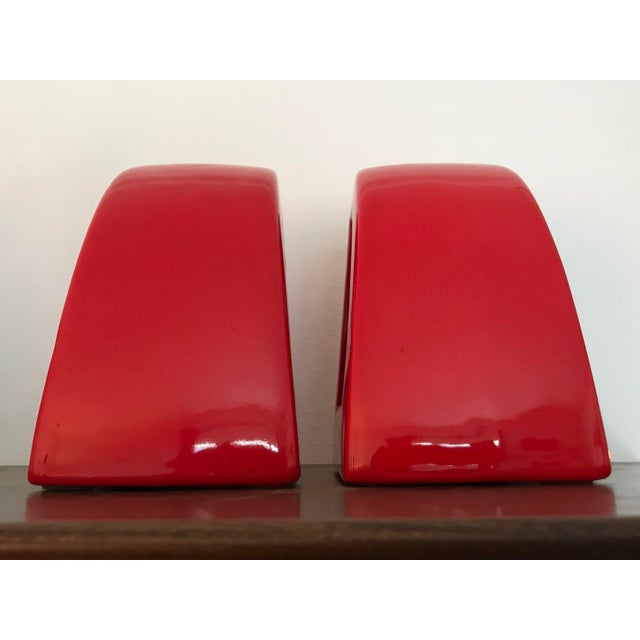 Jaru Postmodern Jaru Red Ceramic Bookends - a Pair For Sale - Image 4 of 7
