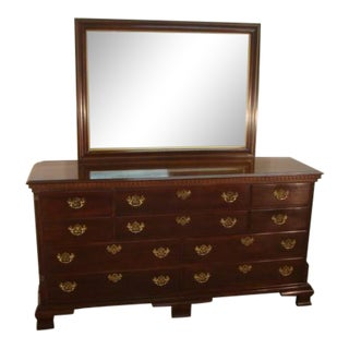 1990s Traditional Statton Solid Cherry Dresser With Mirror For Sale