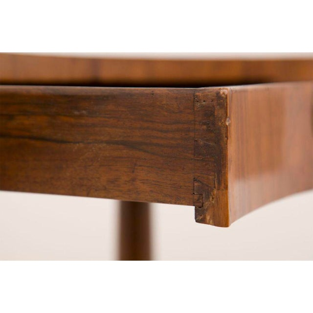 19th Century French Directoire Walnut Kidney Shaped Table For Sale In San Francisco - Image 6 of 7